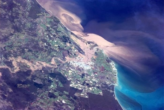 Flood plume from space, Bundaberg, 29 Jan 2013