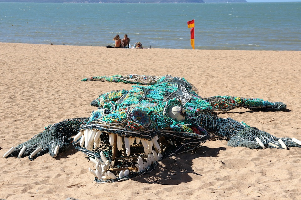 croc sculpture