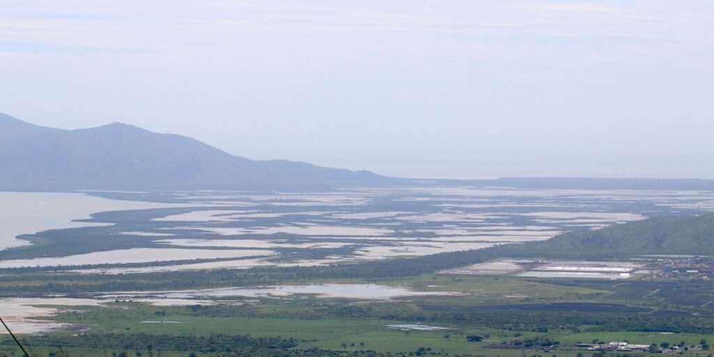 mudflats cape cleveland